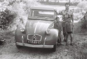 Dans le Puy de Dôme, avec mon frère Pascal, à gauche.